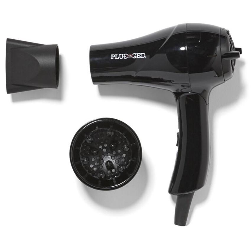 Dual Voltage Hairdryer