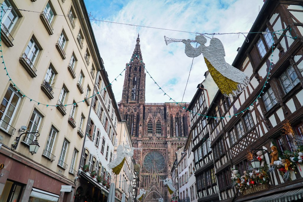 Strasbourg Christmas market and Strasbourg Cathedral - France Christmas markets need to know
