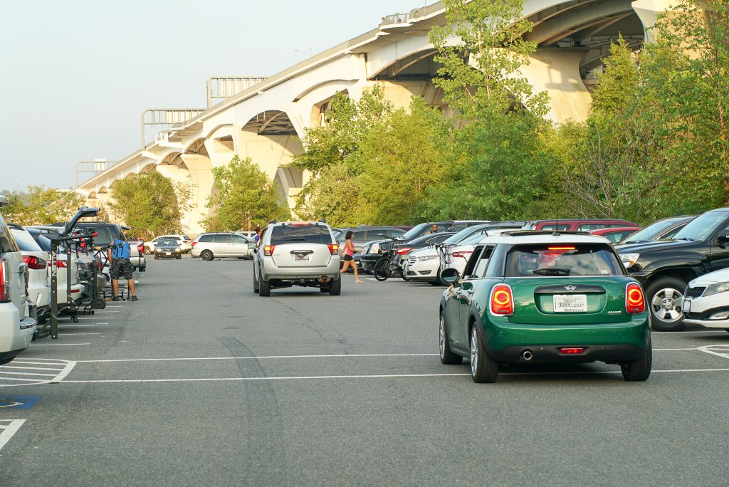 Parking - Jones Point Park