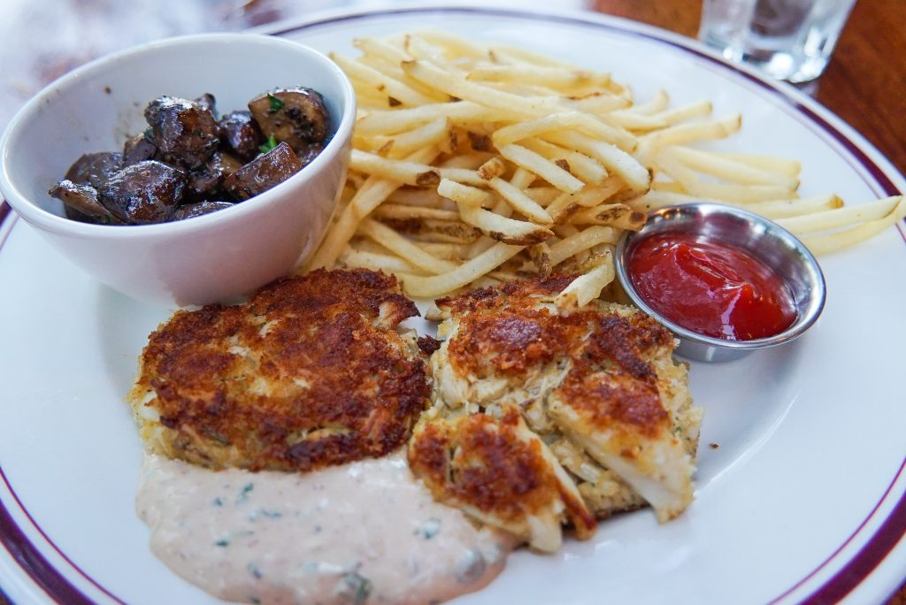 best crab cakes in washington dc