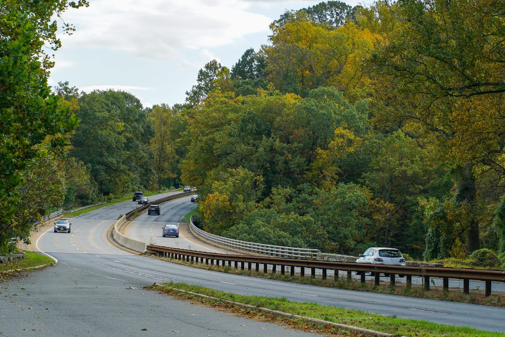 George Washington Memorial Parkway in the fall