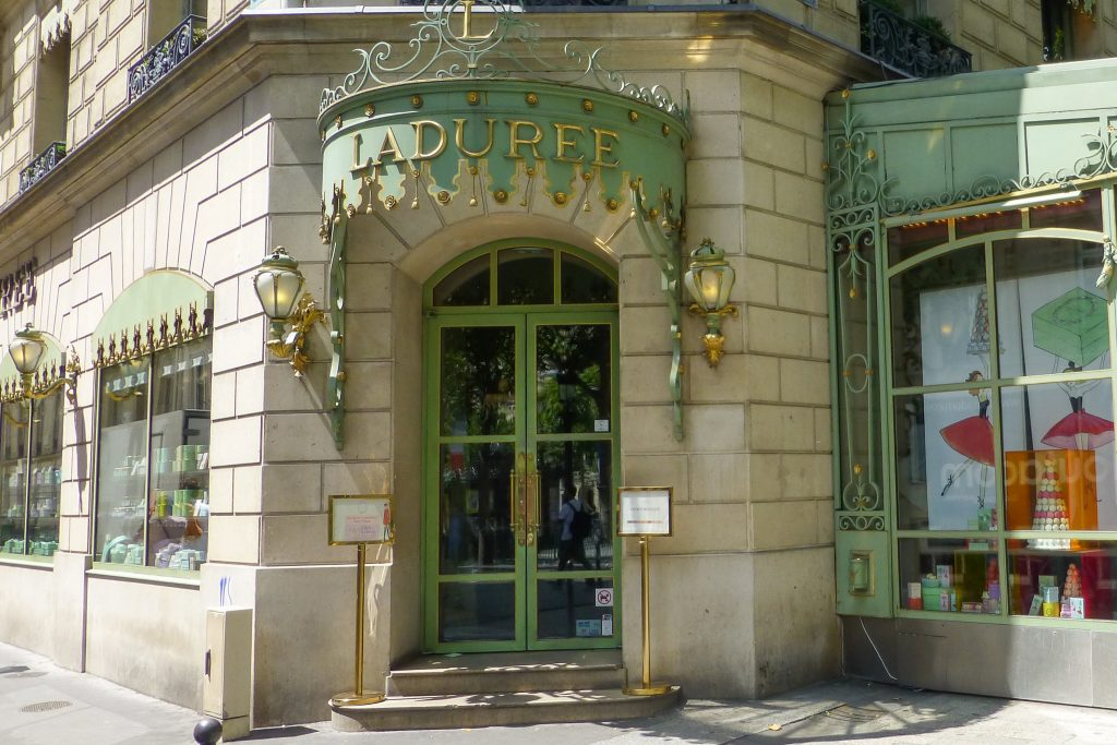 Laduree - Best Things That You Have to Eat in France