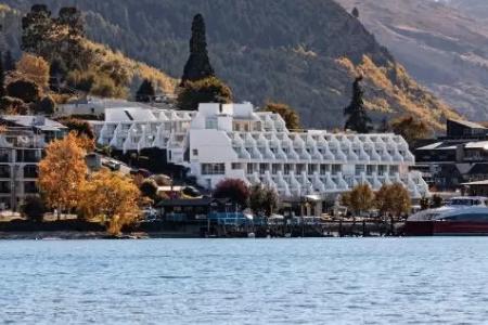 Crowne Plaza Queenstown - Ultimate Queenstown New Zealand Guide